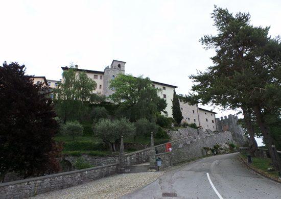 Castelmonte è una cosa da vedere nelle Valli del Natisone