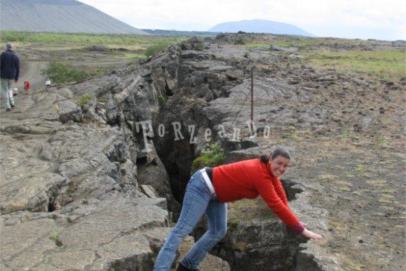 Spaccatura della dorsale oceanica di Krafla in Islanda