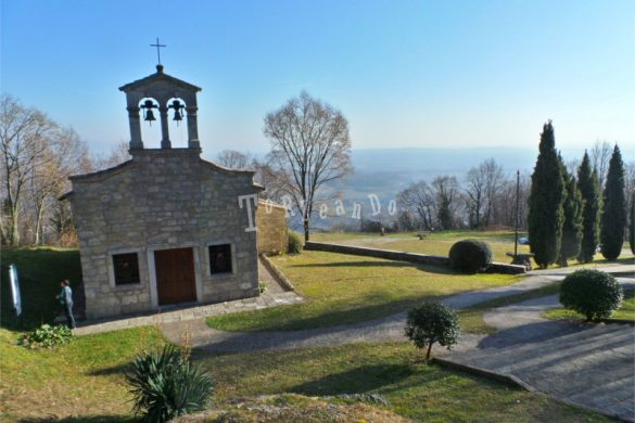 Chiesetta in memoria degli alpini caduti sul Monte Ragogna