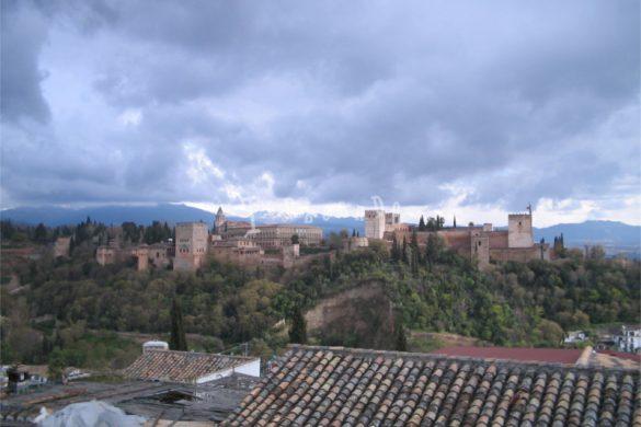 Temporale sull'Alhambra a Granada