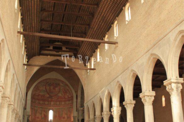 Basilica di Aquileia, interno