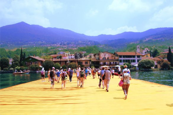 Lago d'Iseo, The Floating Piers di Christo