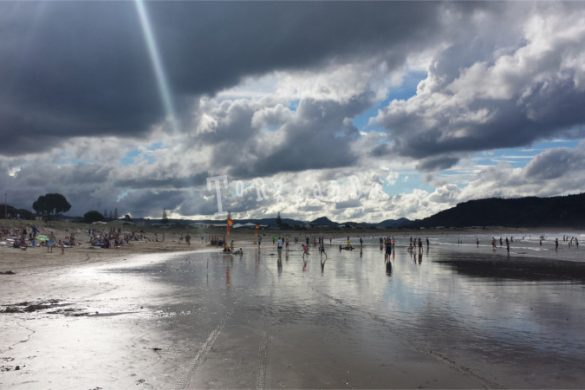 Spiaggia di Whangamata in Nuova Zelanda