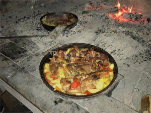 Carne e patate alla brace