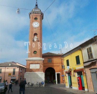 Torre dell'orologio a Comacchio