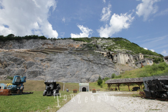 Attuale ingresso della miniera di Cave del Predil