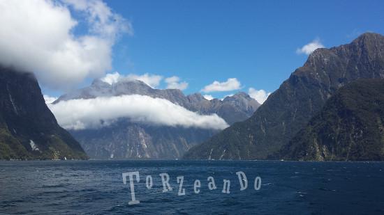 Panorama di Milford Sound Isola del Sud in Nuova Zelanda