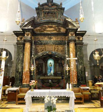 Biella altare del santuario di Oropa
