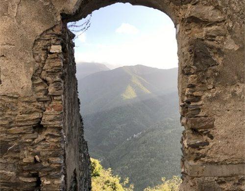 finestra sulle Alpi Liguri a Triora