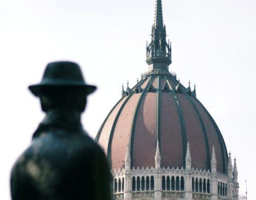 Budapest statua di Imre Nagy