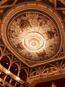 soffitto del Teatro Verdi di Trieste