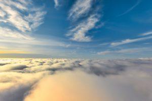 sopra le nuvole con il volo in mongolfiera in Friuli
