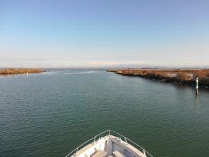 in barca verso il santuario di Barbana