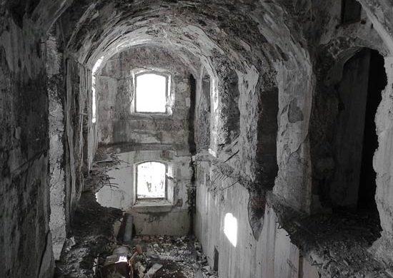 Interno del Forte della Grande Guerra sul Monte Festa