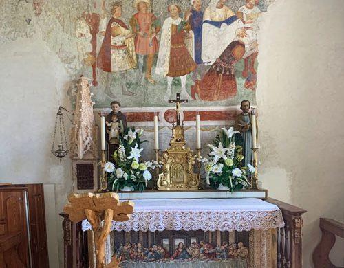 altare chiesa Re Magi Arta Terme