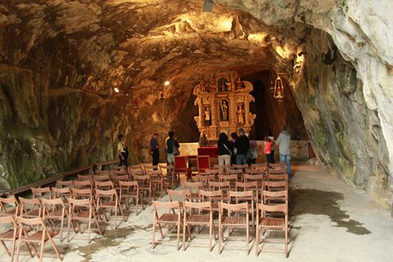 Altare ligneo a San Giovanni d'Antro