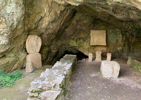 Grotta del Mitreo