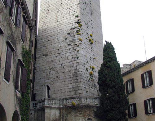 Torre del castello di Duino
