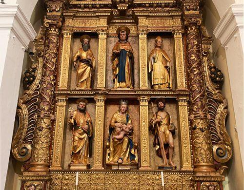 Altare ligneo nella chiesa di San Leonardo