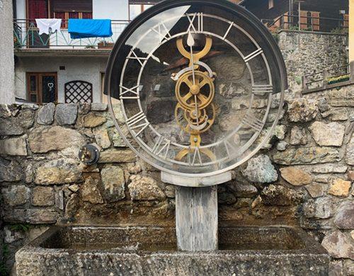 Orologio ad acqua a Pesariis